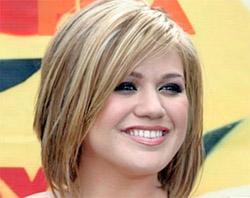 Причёски для женщин маленького роста