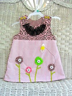 Платье для девочки с аппликацией (фото)