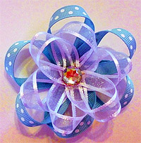 Цветок из ленточек (фото)