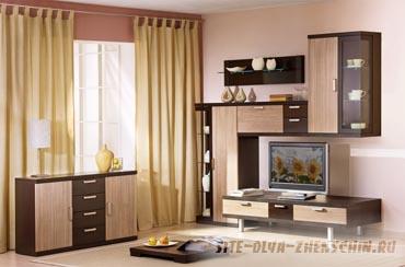 Современные идеи интерьера гостиной помогают создать уют в доме.