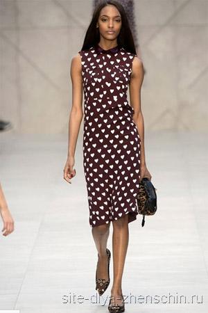 Жаккардовое модное платье 2015 представлено самыми разными узорами и цветами. Есть платьица со строгими накладными воротничками и воротниками стоечкой