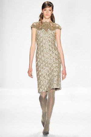Практичное и элегантное платье-футляр осень/зима 2014/15 (фото)