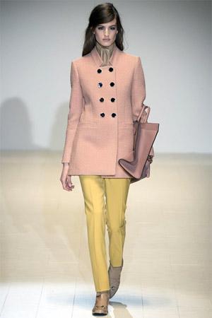 Желтые брюки от Gucci (фото)