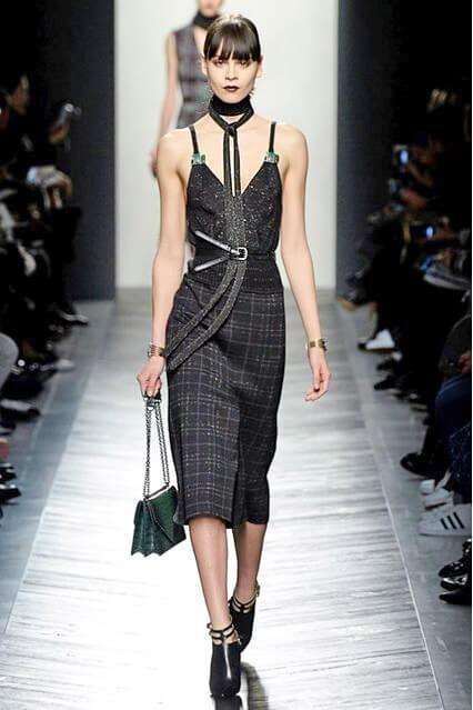Платье-футляр от Bottega Veneta