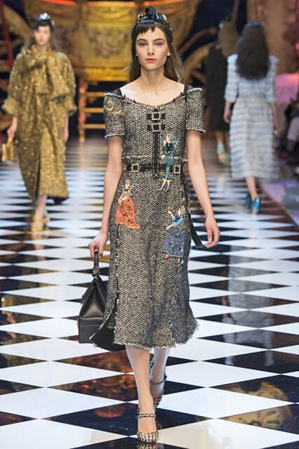 Платье с аппликацией от Dolce and Gabbana