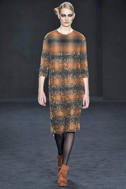 Клетчатое деловое платье от Daks