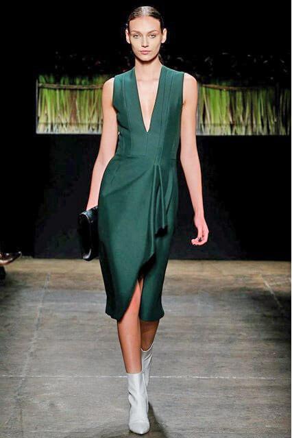 Изумрудное платье от J.Mendel