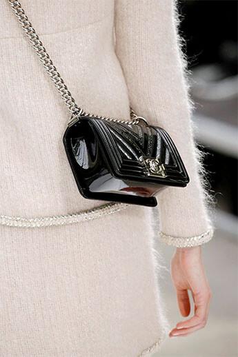мини-сумочка от Chanel