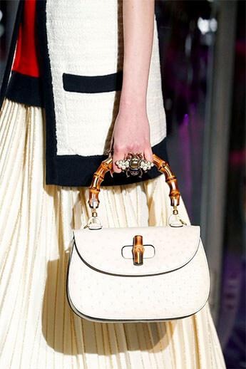 белая сумка от Gucci