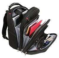 Школьный рюкзак с множеством карманов и отделений для учебников (фото)