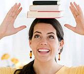 Книги на голове -упражнение для исправления осанки (фото)