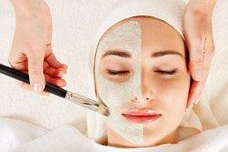 Регулярная очистка кожи лица - важное условие красивого макияжа (фото)