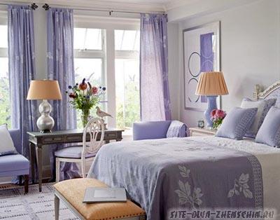 Спальня в фиолетовых тонах. Фото.