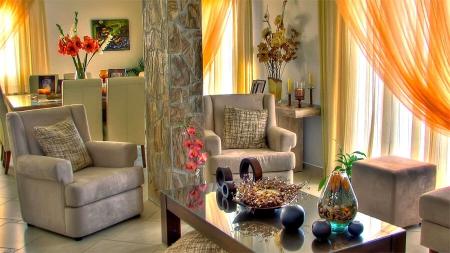 Цветы по фен-шуй в интерьере гостиной (фото)