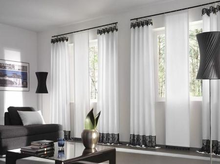 Современные шторы для интерьера гостиной в стиле хайтек