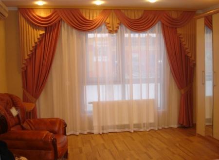 Оранжевые шторы для гостиной (фото)
