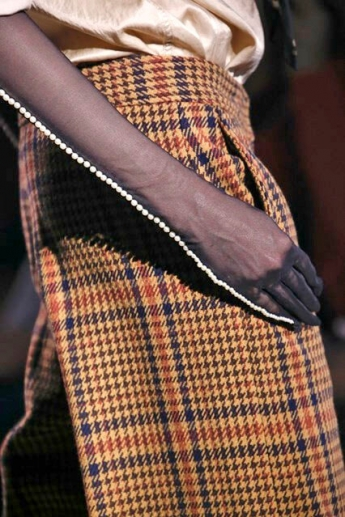 Модные полупрозрачные перчатки от Dries Van Noten (фото)
