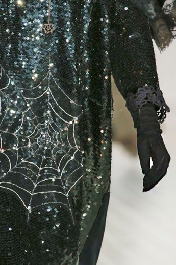 Черные тканевые перчатки из коллекции Marc Jacobs (фото)