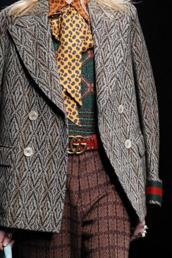 Шарф-галстук из коллекции Gucci (фото)