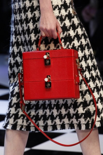 Модная сумка-саквояж от Dolce and Gabbana