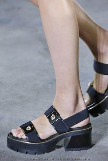 Ремешки от Versace