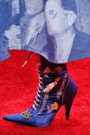 Модная шнуровка на сапожках от Marc Jacobs