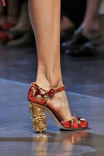 Оригинальный каблук от бренда Dolce and Gabbana