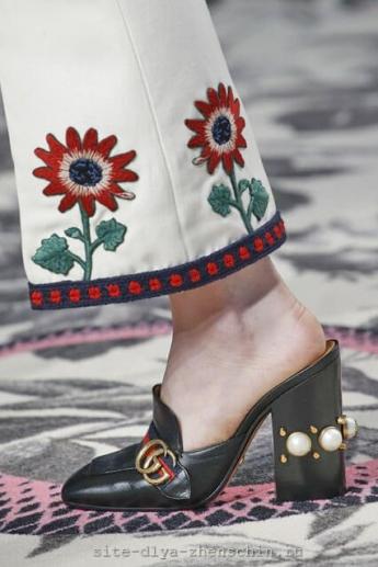 Каблук, отделанный жемчугом, от бренда Gucci (фото)