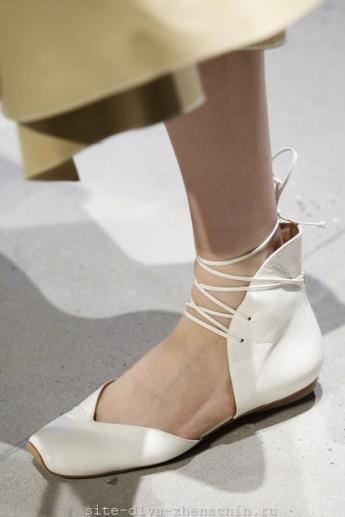 Туфли со шнуровкой из коллекции Derek Lam