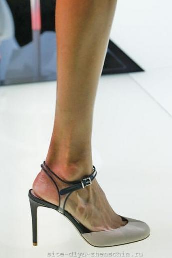 Туфли с открытой пяткой из коллекции Giorgio Armani (фото)