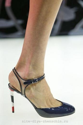 Туфли с открытой пяткой из коллекции Giorgio Armani