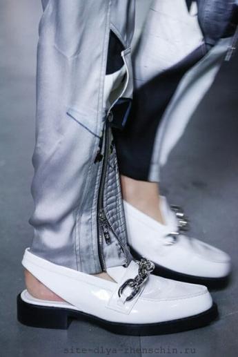 Туфли с открытой пяткой от бренда Louis Vuitton (фото)