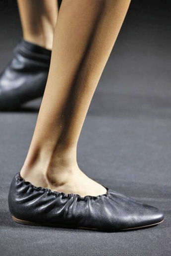 Модные туфли 2016 на плоской подошве от Lanvin (фото)