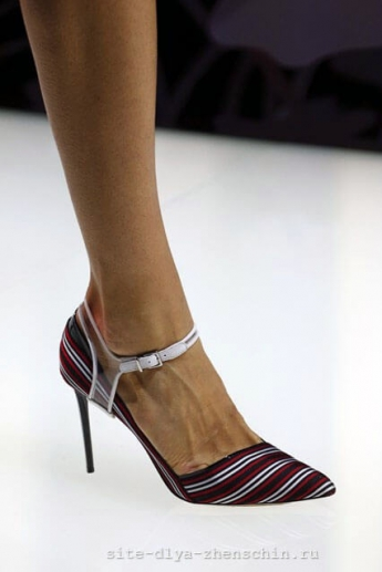 Туфли в полоску от Giorgio Armani (фото)