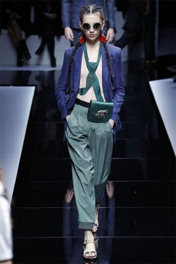 Оливковые женские брюки 2017
