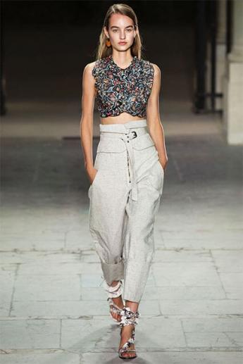 Светлые летние брюки с высокой талией (фото)