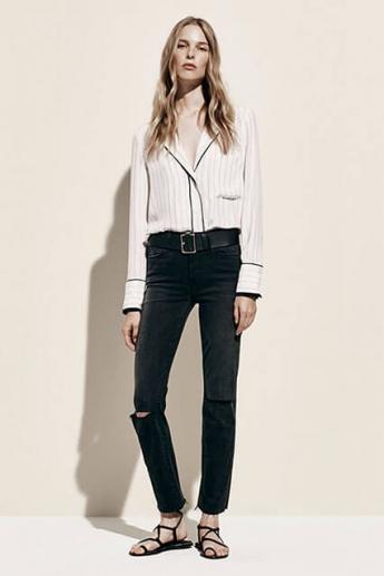 Узкие темные джинсы (фото)