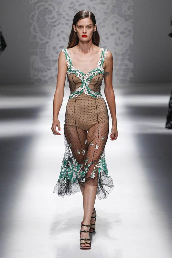 Платье 2018 из воздушной ткани