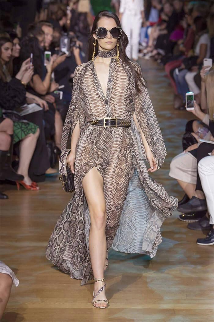 Платье романтичного фасона от Elie Saab