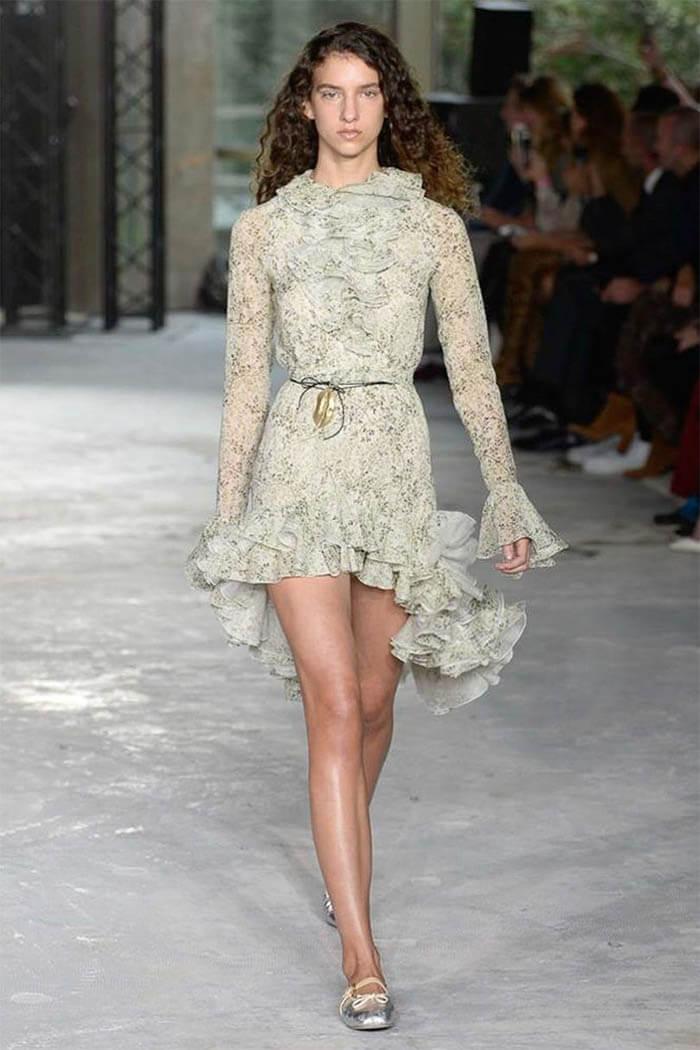 Платье с оборками от Giambattista Valli