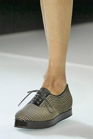 Туфли-оксфорды из модной коллекции Giorgio Armani 2015 (фото)