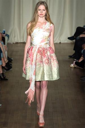 Модные платья весна-лето 2015 - фасон, расцветка, принты (фото