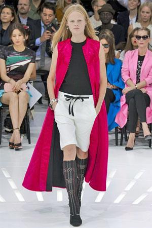 Модные белые шорты из коллекции Christian Dior 2015 (фото)