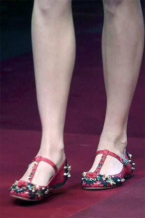 Туфли на низком ходу из коллекции Dolce and Gabbana 2015 (фото)