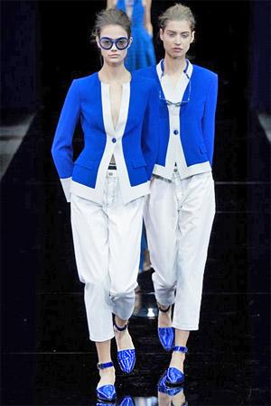 Синие жакеты от Emporio Armani (фото)