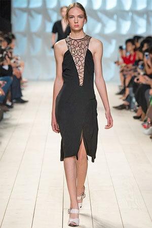 Черный сарафан от Nina Ricci (фото)