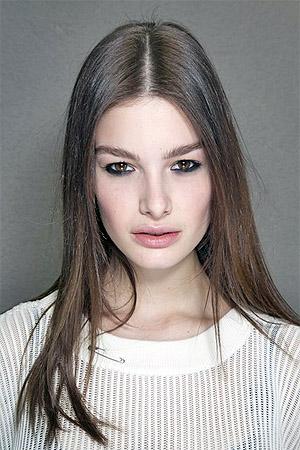 Прическа на длинные волосы (фото)