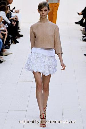 белая юбка 2012 с воланами:
